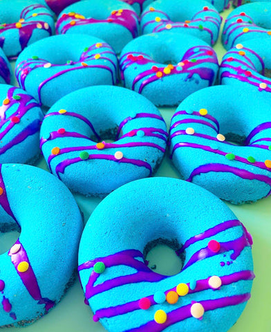 Booberry donut bath bomb