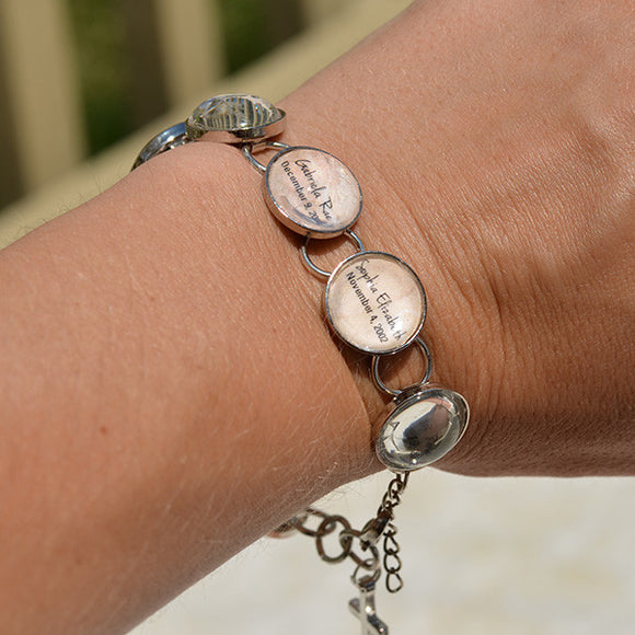 Mothers Personalized Glass Charm Scripture Bracelet