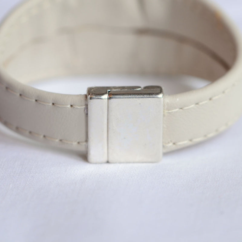 Italian leather bracelet with heavy-duty magnetic clasp/snap