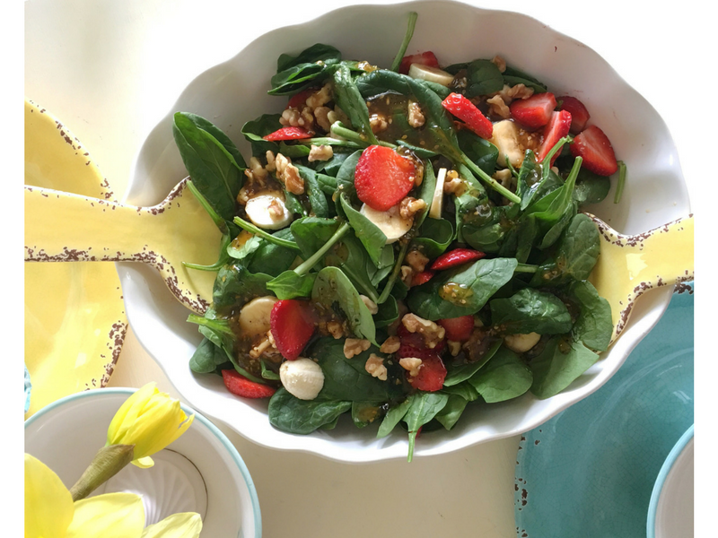 Strawberry, Banana & Spinach Salad- So Yummy!