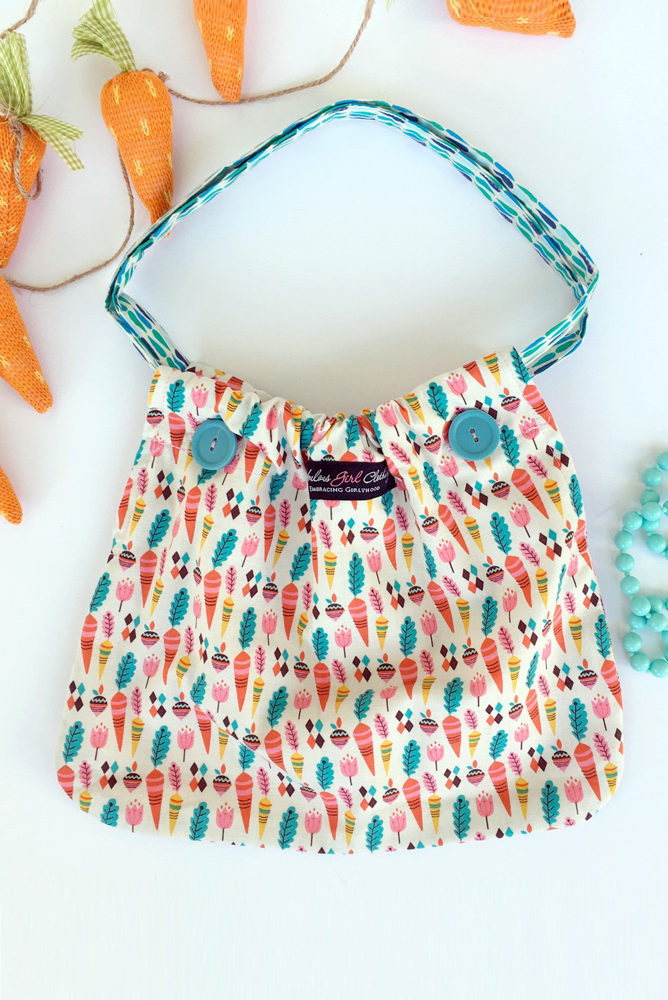 Reversible Pocketbook - Colorful Carrots