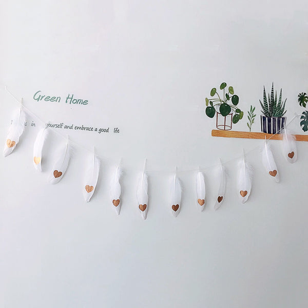 Feather Garland Wall Hanging Bunting - White Feather / Heart