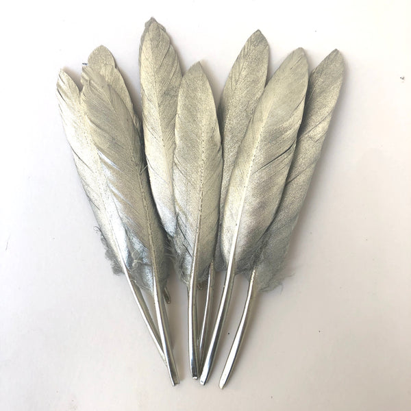Tiny Goose Pointer Feather Solid Metallic Silver x 10 pcs