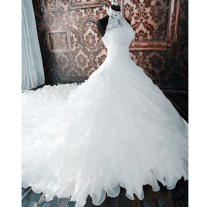 Lace Halter Gorgeous Brides Long Wedding Dresses with Long Train, BG51579