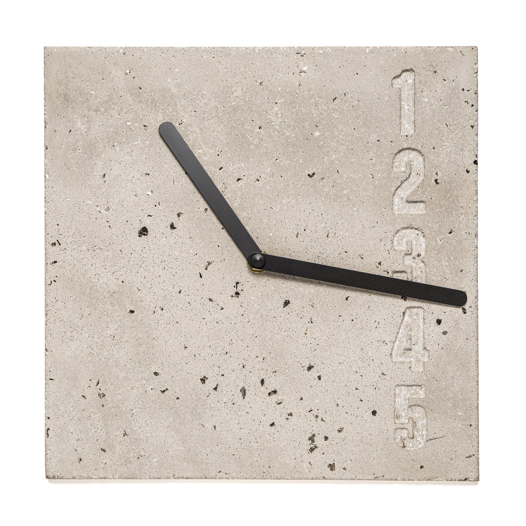 BID N°02 Wall Clock 10