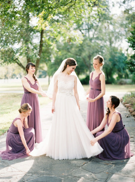 Popular V-neck Lace Sleeveless Long A-line Chiffon Bridesmaid Dresses for Wedding Party, WG84