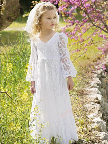 products/boho-chic-flower-girl-dresses-2017-vintage-long-sleeves-junior-bridesmaid-dress-floor-length-bohemian-1st-communion-dress-for-little-girls.jpg