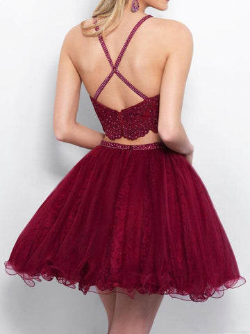 products/burgundy-appliques-tulle-homecoming-dresses-beaded-piping-formal-party-gowns-two-pieces-short-prom-dresses-8th-grade-girls-cocktail-dresses_1.jpg