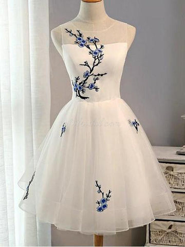 products/unique_white_applique_homecoming_dresses_grande_7edd0645-a1f7-42c9-bc21-1dee3f6e841f.jpg