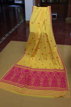 Assam weaves - Golden Oriole
