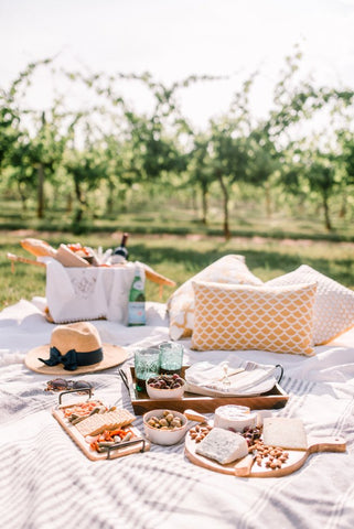Picnic-ing. I want to be right there.