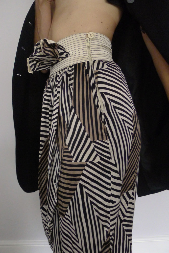 Abstract Print Silk Skirt
