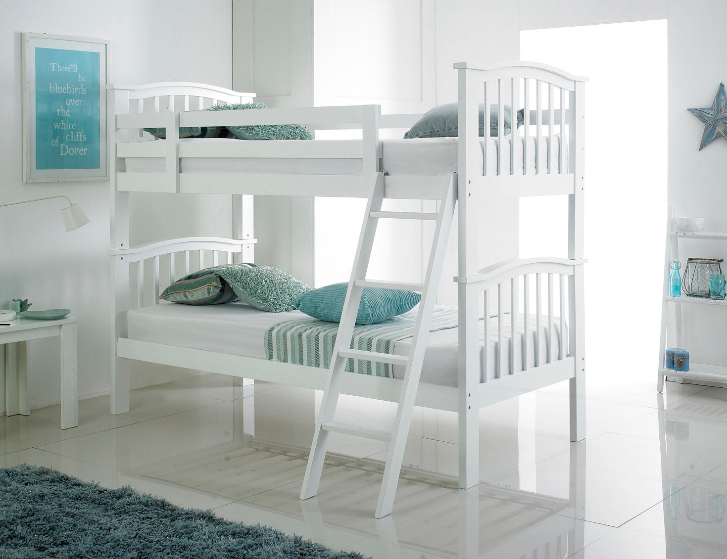 White wooden bunks - Artisan hardwood bunks