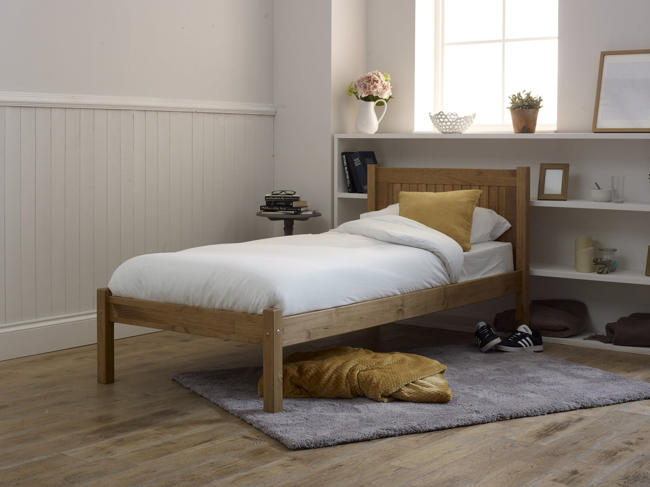 Small double wooden bed | Pine wooden three quarter bed frame