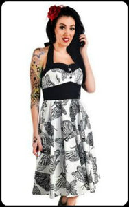 Death's Head Moths - Charming Dress (XS-2XL) - zwhart.be