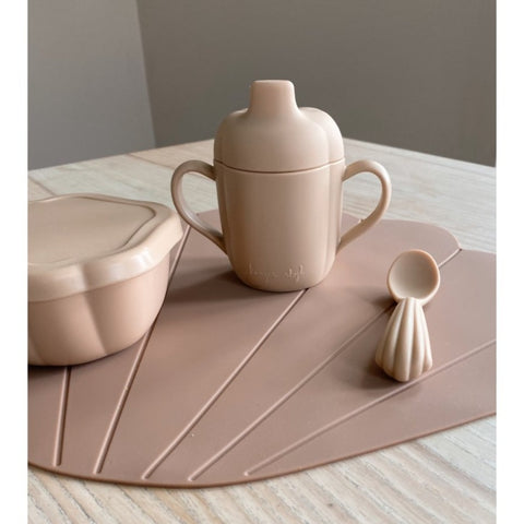Konges Slojd Silicone Clam Tableware Set - Shell