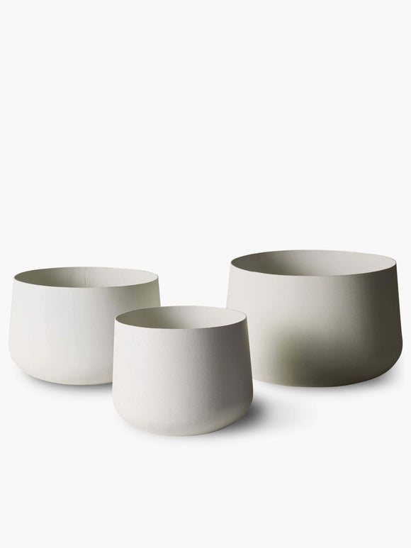 A L and M Home Mona Pots and Planters