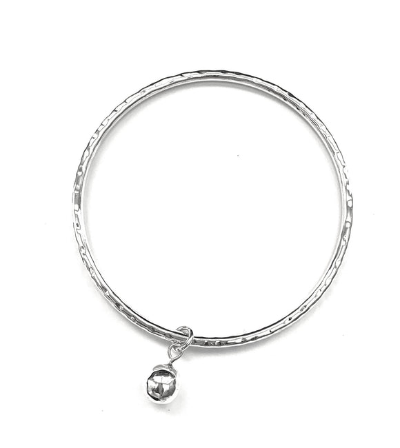 Iron Clay Beaten Bangle Silver