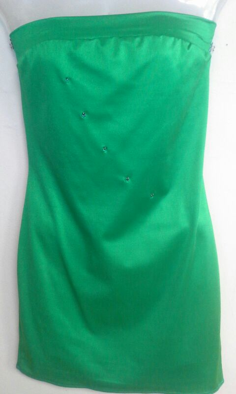 Kelly green tube dress with green stones..Queen size