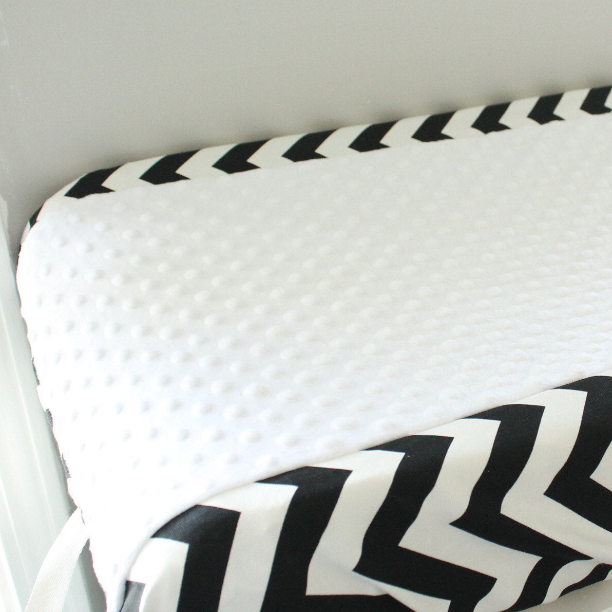 Black and White chevron contour cover