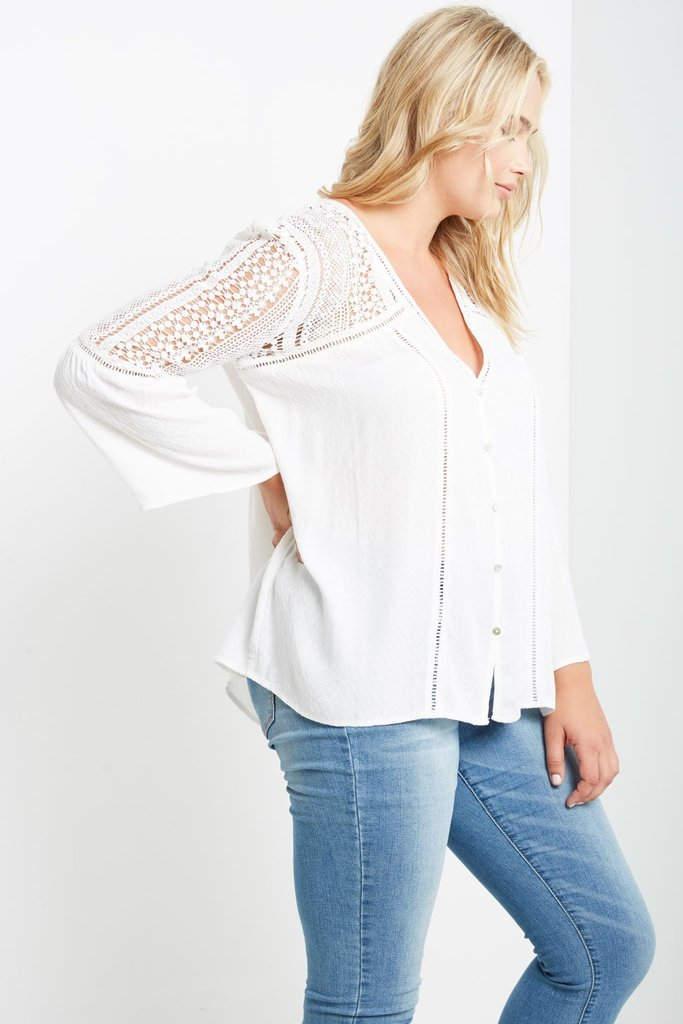 Women's Plus Size Evelyn Crochet Top