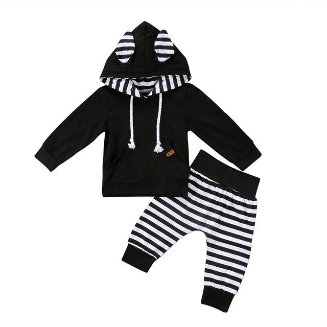 Long Sleeve Pocket Hooded Outfit