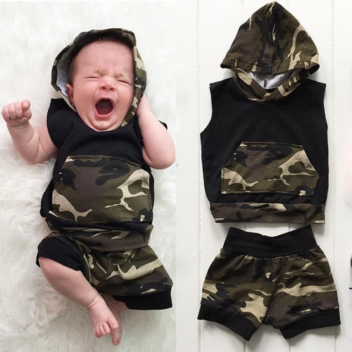 Camouflage Hooded Vest Set
