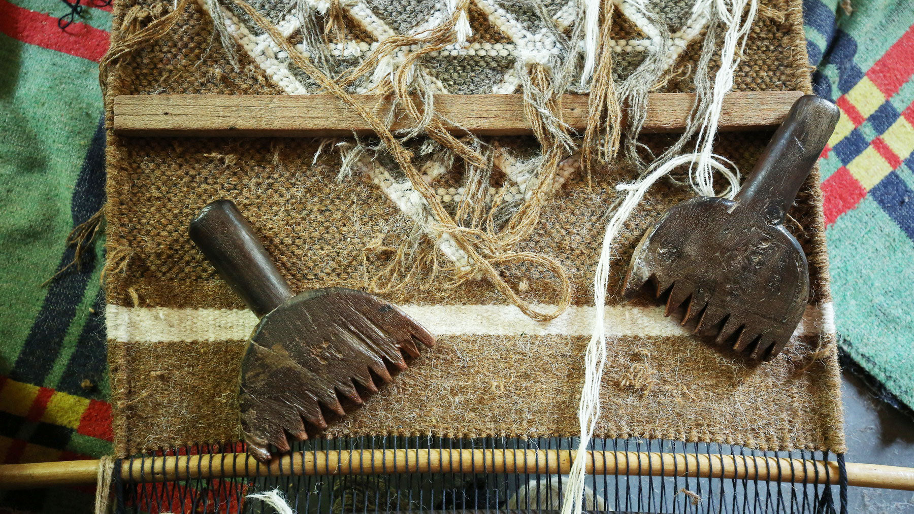 Haatho (wooden comb) used in hand weaving process