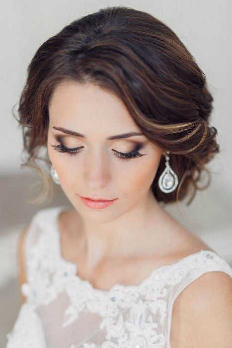 the best wedding day makeup according to the experts - bold lip - bridal makeup - smokey eye