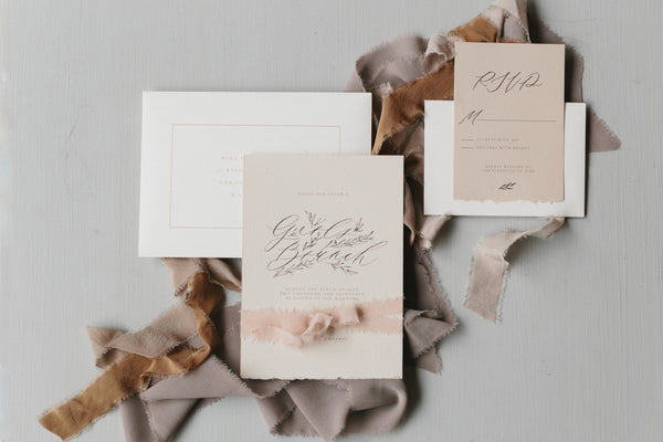 Vintage wedding invitations - a must on the bridal checklist for your wedding day.