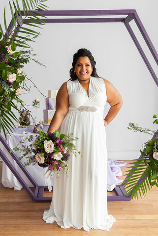 Shameeza is wearing the Henkaaa Sakura Chiffon Convertible Wedding dress, perfect wedding dress for plus size brides with curves.