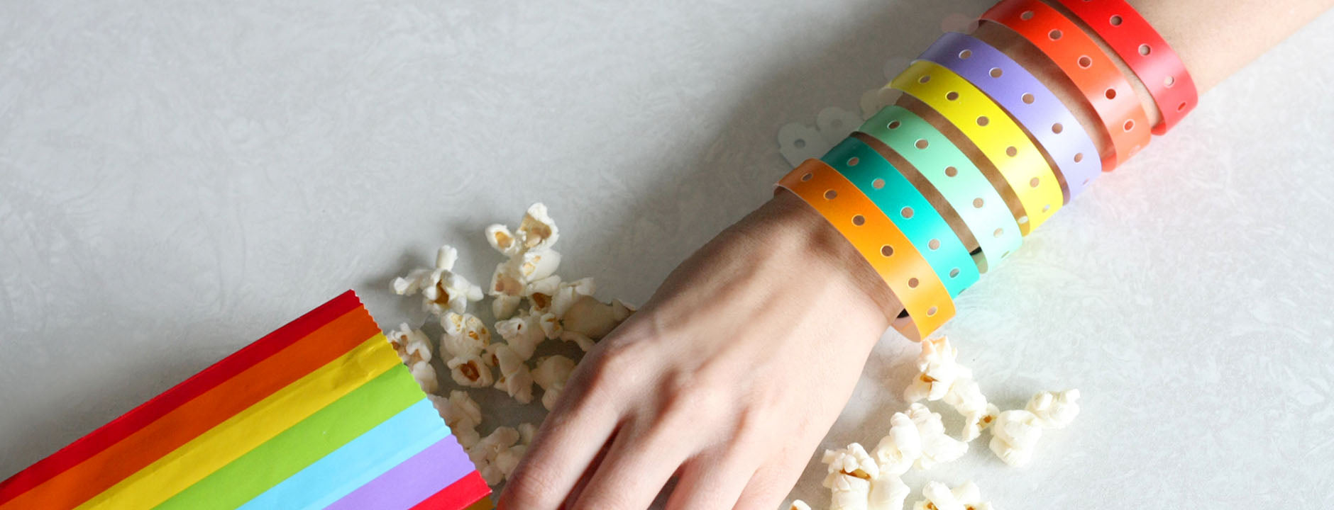 Top 4 Reasons to Choose Plastic Wristbands for Your Venue