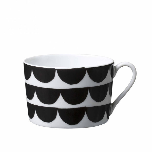 Just My Cup Of Tea and Saucer In Tu es la vague/Black