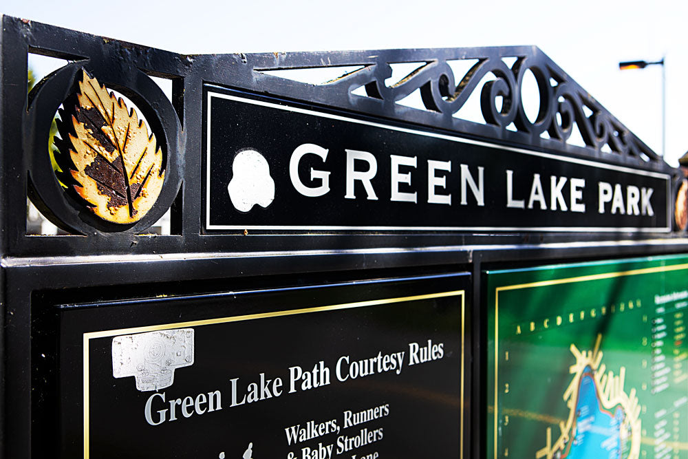 Green Lake sign of rules and maps