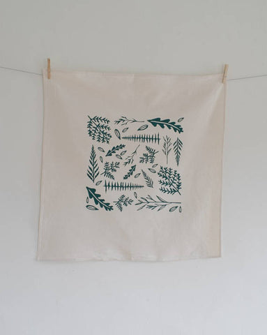 Hearth and Harrow - Woodland Ferns Tea Towel (Green)