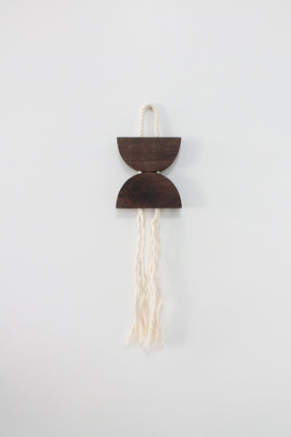 Walnut & Rope Small Dune Hanging