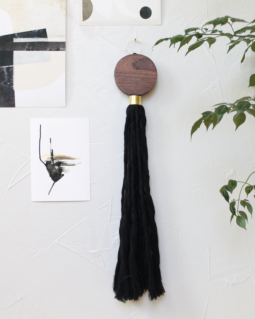 Walnut Leda Wall Tassel