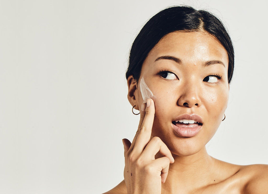 10 Common Skincare Mistakes