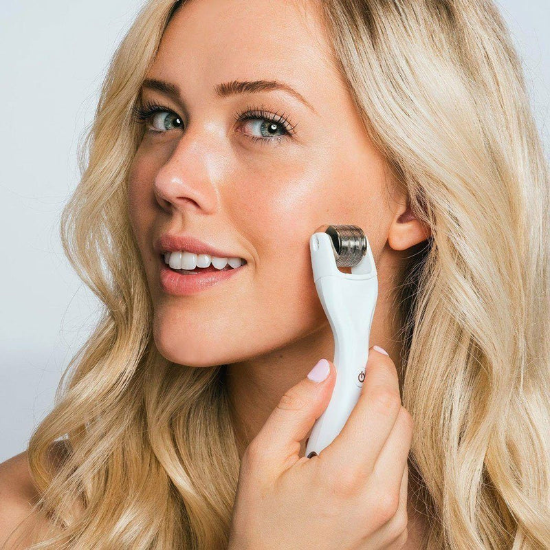 Limited Edition Head To Toe Glo GloPRO® Facial Microneedling Tool GloPRO BeautyBio