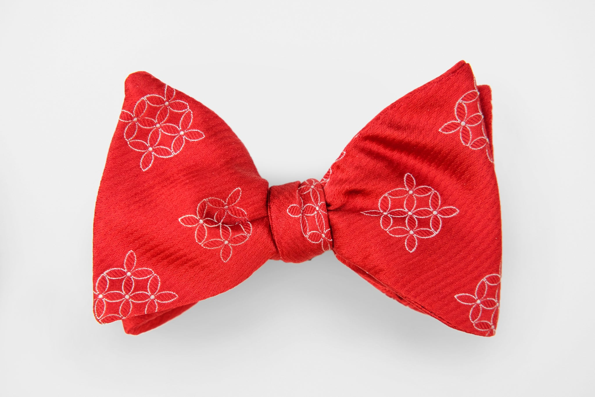 Red with Geo White Woven Flowers