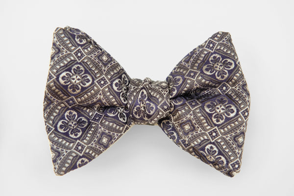 Silver Purple Ornate Pattern Bow Tie