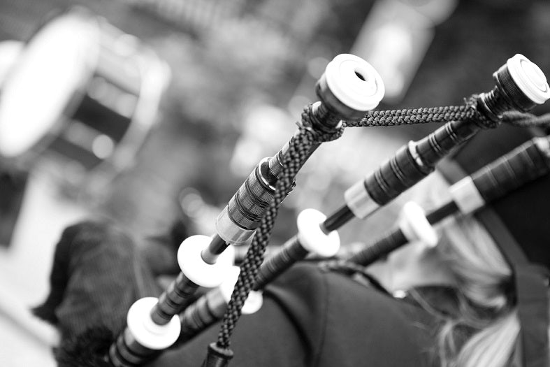 Learn How To Play Bagpipes