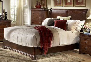Karla Traditional Bed