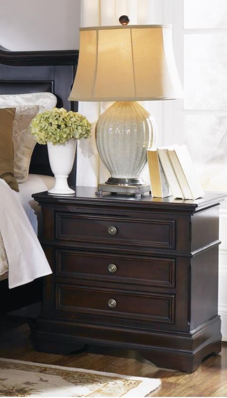 Cambridge 3-Drawer Night Stand