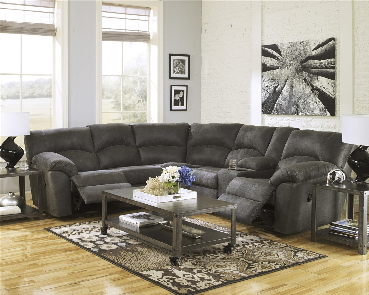 Tambo 2pc Reclining Sectional