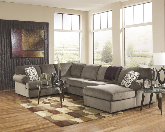 Jessa Place 3pc Sectional w/ Right Arm Facing Chaise - Dune