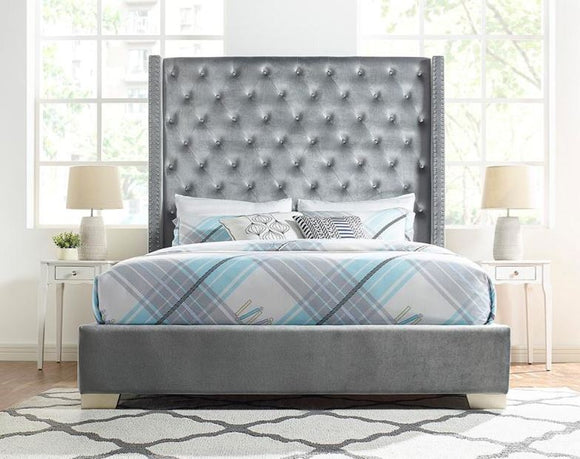 Vedette Velvet Upholstered Queen Bed in Gray