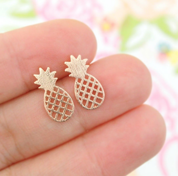 1 Pair Tiny Hollow Cute Pineapple Stud Earrings - Happyboca