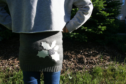 Kids SkiBums Bum Warmer with Holly on Grey Skirt