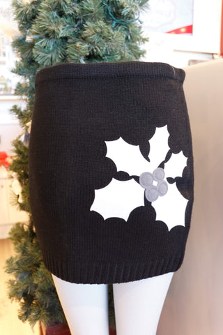 Lady's SkiBums Bum Warmer with Holly on Black Skirt